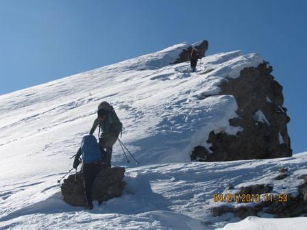 گزارش عملیات نجات دو کوهنورد گرفتار شده در تیغه های داراباد ، توچال
